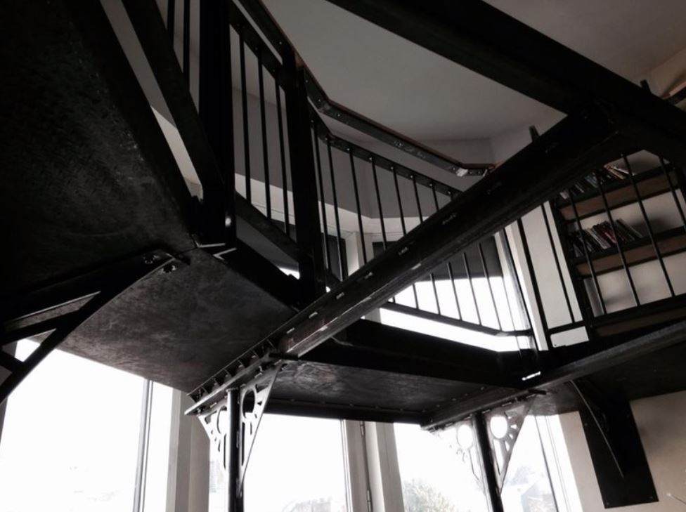 duplex sans complexe, design, designer, produit, espace, escalier, métal, frédéric TABARY, TABARY, architecte, architecte d'intérieur, intérieur,