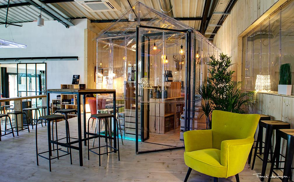 L'invisible petite serre par Frédéric TABARY, design produit, design contemporain, architecte, concepteur, créateur, concept, cosy, design, espace, transparent, verre, matériaux, matériau, serre, petite, aménagement, designer, designer produit, réalisation,