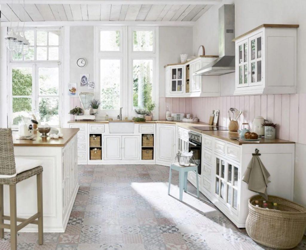Cuisine patinée désignée par Frédéric TABARY pour Maisons du monde : Eleonore.