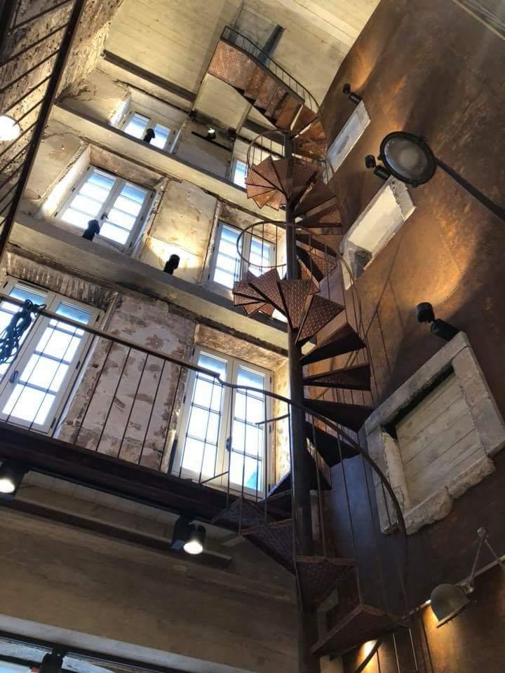 Un bâtiment complètement évidé pour réaliser le projet de l'architecte d'intérieur Frédéric TABARY sur Quimper.